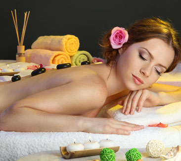 signature-body-hot-stone-therapy-massage