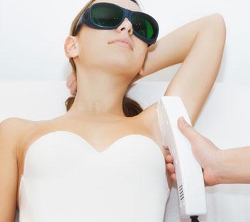 signature-elight-underarm-whitening-treatment